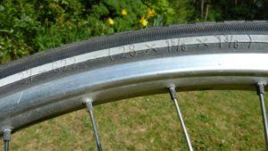 fietsband 28x1 5/8x1 3/8 fietsbanden.com